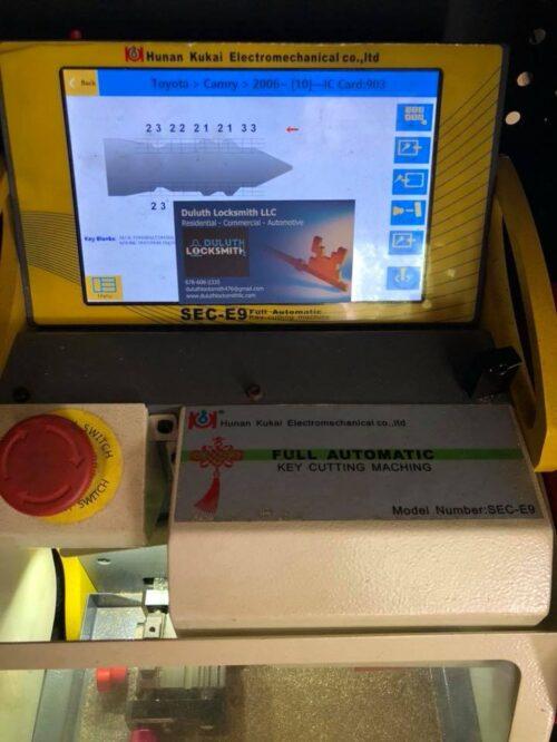 Duluth Locksmith Full Key Cutting Machine